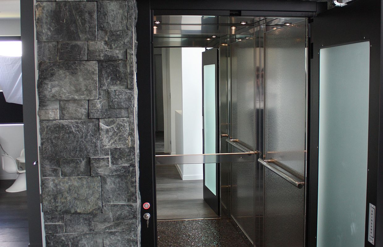 Examples of Stainless Steel Cabins