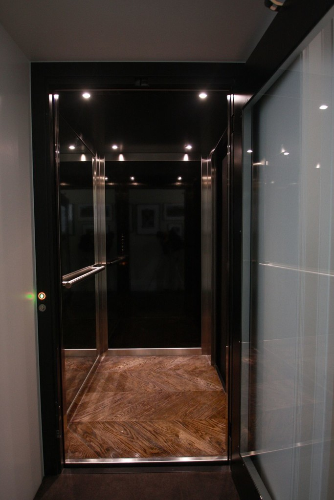 An easy solution home elevators elevator boutique for Simple home elevators
