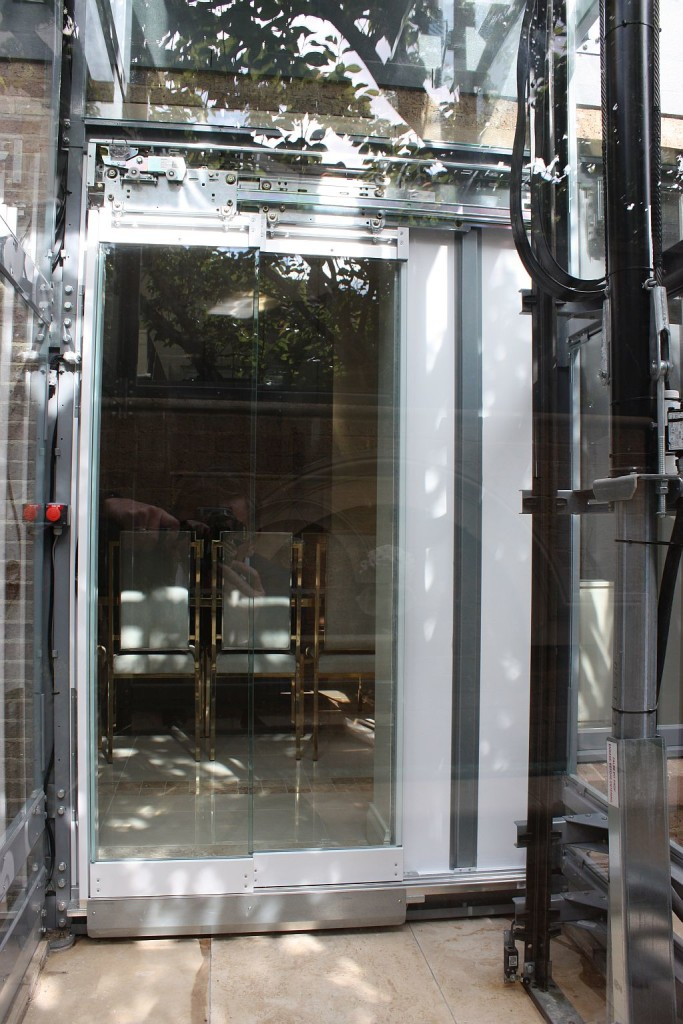 No brainer luxury home elevators at elevator boutique for Luxury homes with elevators