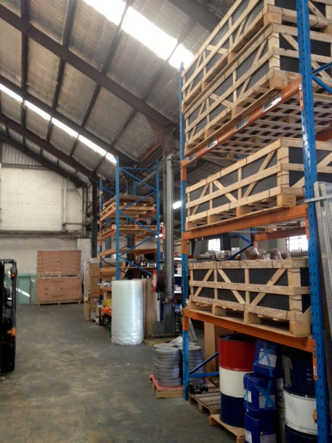 Do you have a warehouse ?